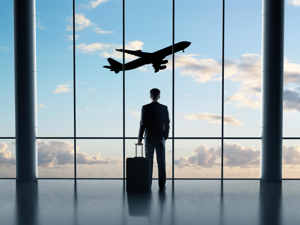 海外赴任者への手続きまとめ│給与・税金・保険から健康管理まで