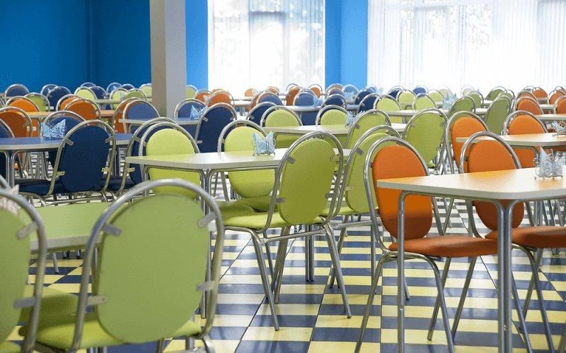 社員食堂を導入している企業の事例