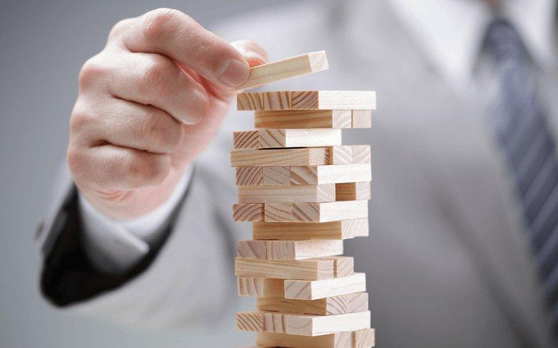モンスター社員を抱えるリスク