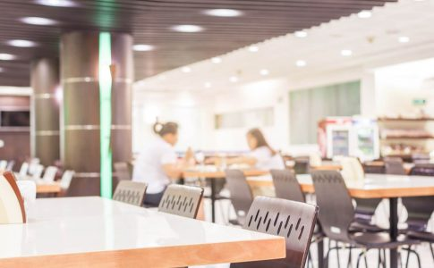 コミュニケーションが向上する!福利厚生で人気の社員食堂のメリット
