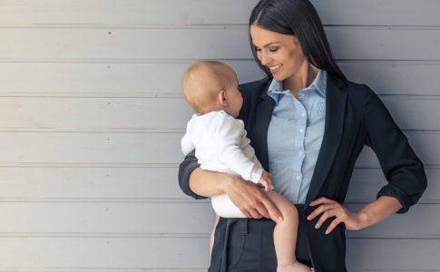 女性の離職率は男性より高い!主な原因と女性が働きにくい環境の特徴とリスク