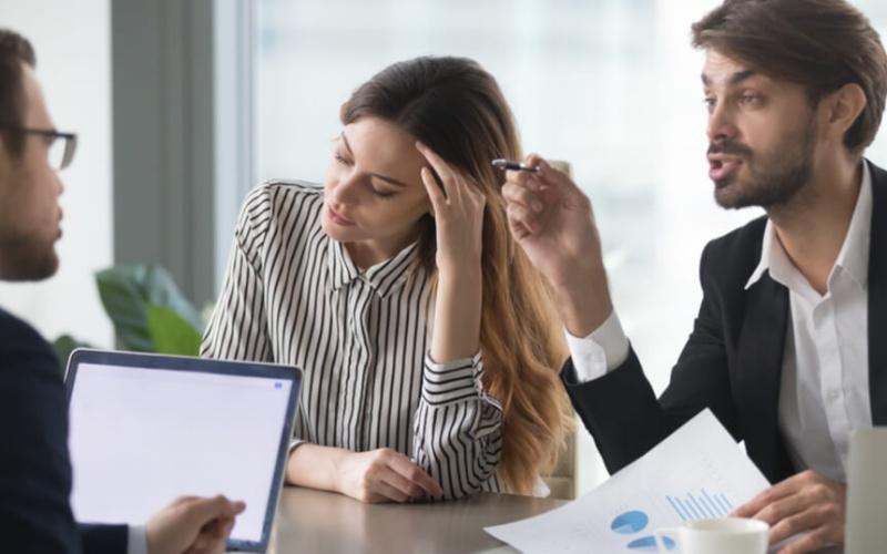 退職の原因と若者の意識