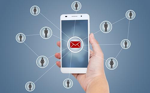 Reloコネクトは、混雑時でも高速にメール配信ができます
